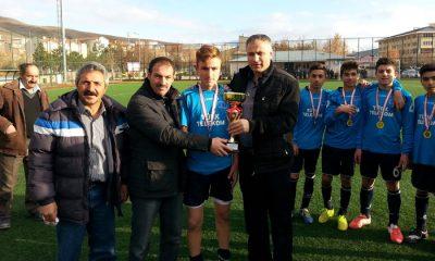 U/15 Yaş Futbol İl Birincilsi Telekom Spor Oldu-Foto Haber