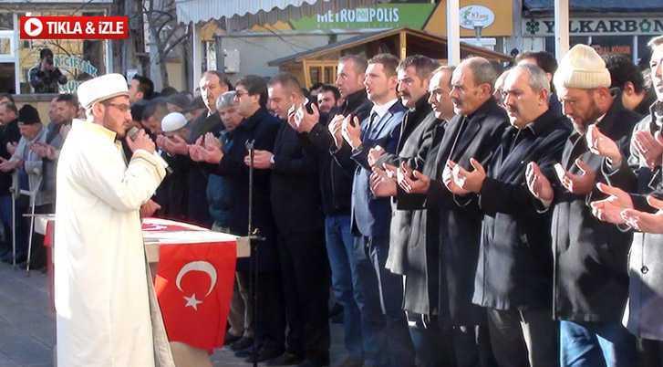 Bayburt'ta Fırat Çakıroğlu İçin Gıyabi Cenaze Namazı Kılındı