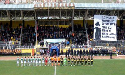 Liderden Bayburt Spor'a Futbol Dersi-Foto Haber