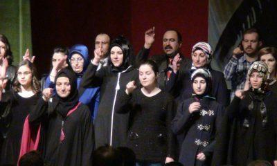 İşaret Diliyle İstiklal Marşı ve Şarkı Söylediler-Foto Haber