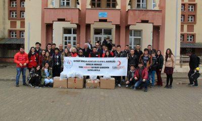 Kızılay ve Gençlik Merkezi Çocukları Sevindirdi-Foto Haber