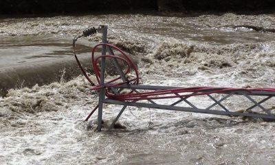 Yüksek Gerilim Direği Çoruh Nehrine Devrildi-Foto Haber