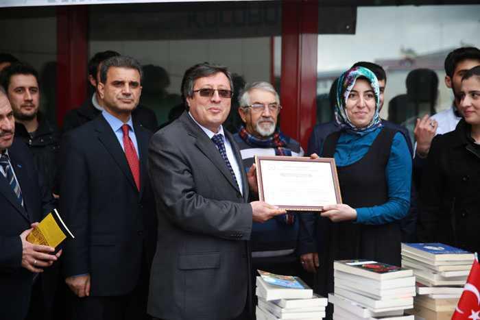 Bayburt Üniversitesinde Dünya Barışı İçin Kitap Okudular 4
