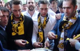 Hakan Çalhanoğlu'na Memleketinde Sevgi Seli-Foto Haber