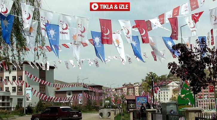 Bayburt'ta Siyasi Yarış Bayrak Yarışına Dönüştü