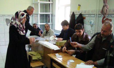 Bayburt'ta Seçmen Erken Satlerde Sandık Başında-Foto Haber