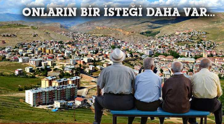 Bayburt'ta Emeklilerin Beklentisi Devam Ediyor…