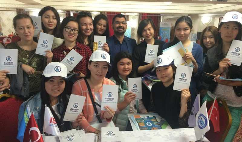 Bayburt Üniversitesi Kazakistan'da Stant Açtı