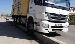 Kargo Aracı Kaza Yaptı