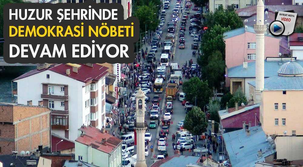 Bayburt'ta Demokrasi Nöbeti Devam Ediyor