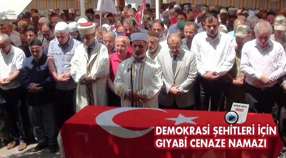 Demokrasi Şehitleri İçin Gıyabi Cenaze Namazı Kılındı