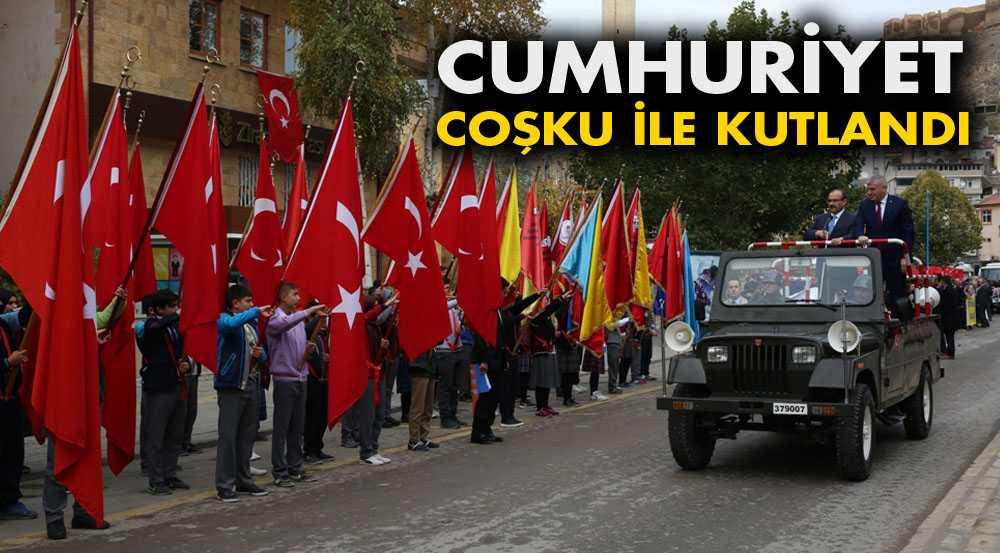 Bayburt'ta Cumhuriyet Bayramı Törenlerle Kutlandı