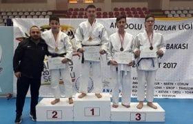 Bayburtlu Judoculardan Önemli Başarı