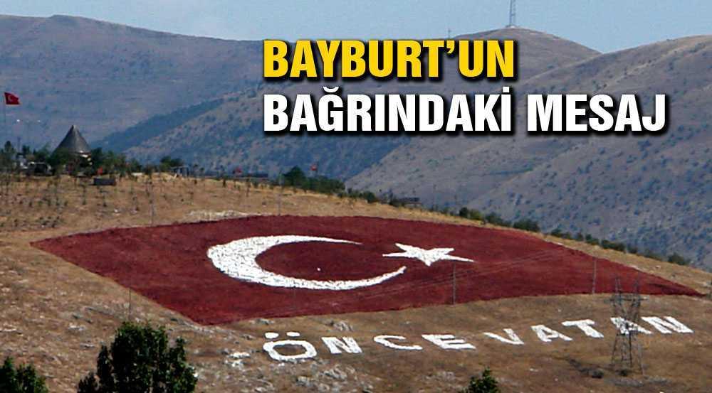 Türkiye'nin En Büyük Taş Bayrağı Yeniden Boyandı