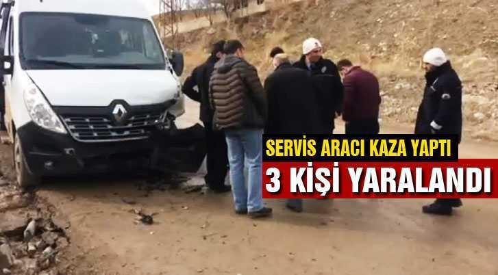 Öğrenci Servisi Kaza Yaptı 3 Kişi Yaralandı