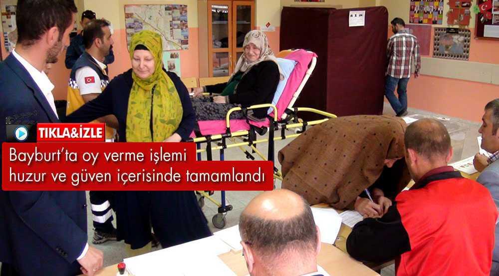 Bayburt'ta, Oy Verme İşlemi Huzur İçerisinde Tamamlandı