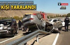 Bayburt'ta 2 Araç Çarpıştı 4 Kişi Yaralandı