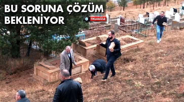 Mezarlıklarda Yaşanan Soruna Vatandaşlar Çözüm Bekliyor