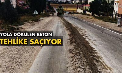 Beton Mikserlerinden Yola Dökülen Beton Mıcırlar Tehlike Saçıyor