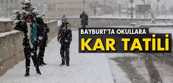 Bayburt'ta Kar Yağışı Nedeniyle Okullar Tatil Edildi
