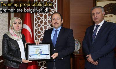 Vali Pevlivan, Proje Ödülü Alan Öğretmenlere Belge Verildi