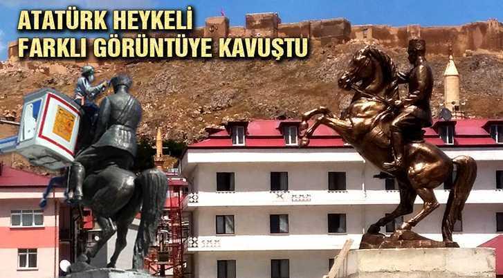 Atatürk Heykeli Yıllar Sonra Farklı Görüntüye Kavuştu