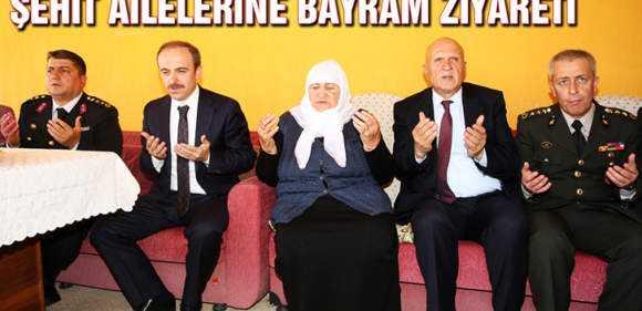 Vali Cüneyt Epcim'den Şehit Ailelerine Bayram Ziyareti