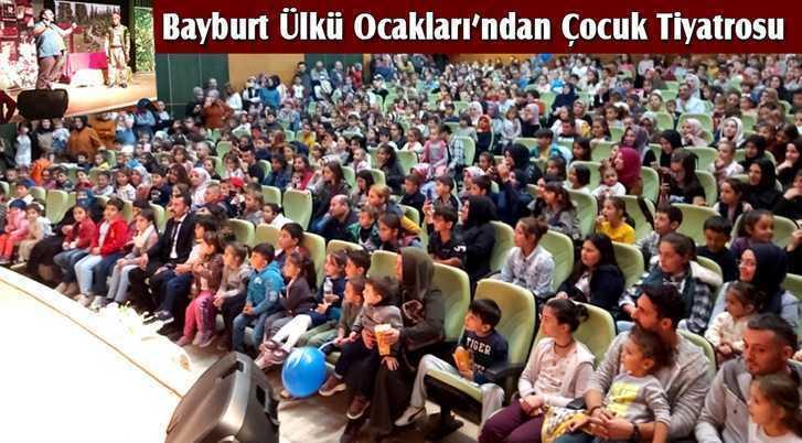 Bayburt Ülkü Ocakları'ndan Çocuk Tiyatrosu