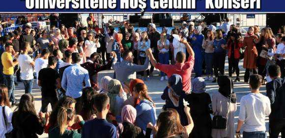 """Bayburt Üniversitesi'nden """"Üniversitene Hoş Geldin"""" Konseri"""